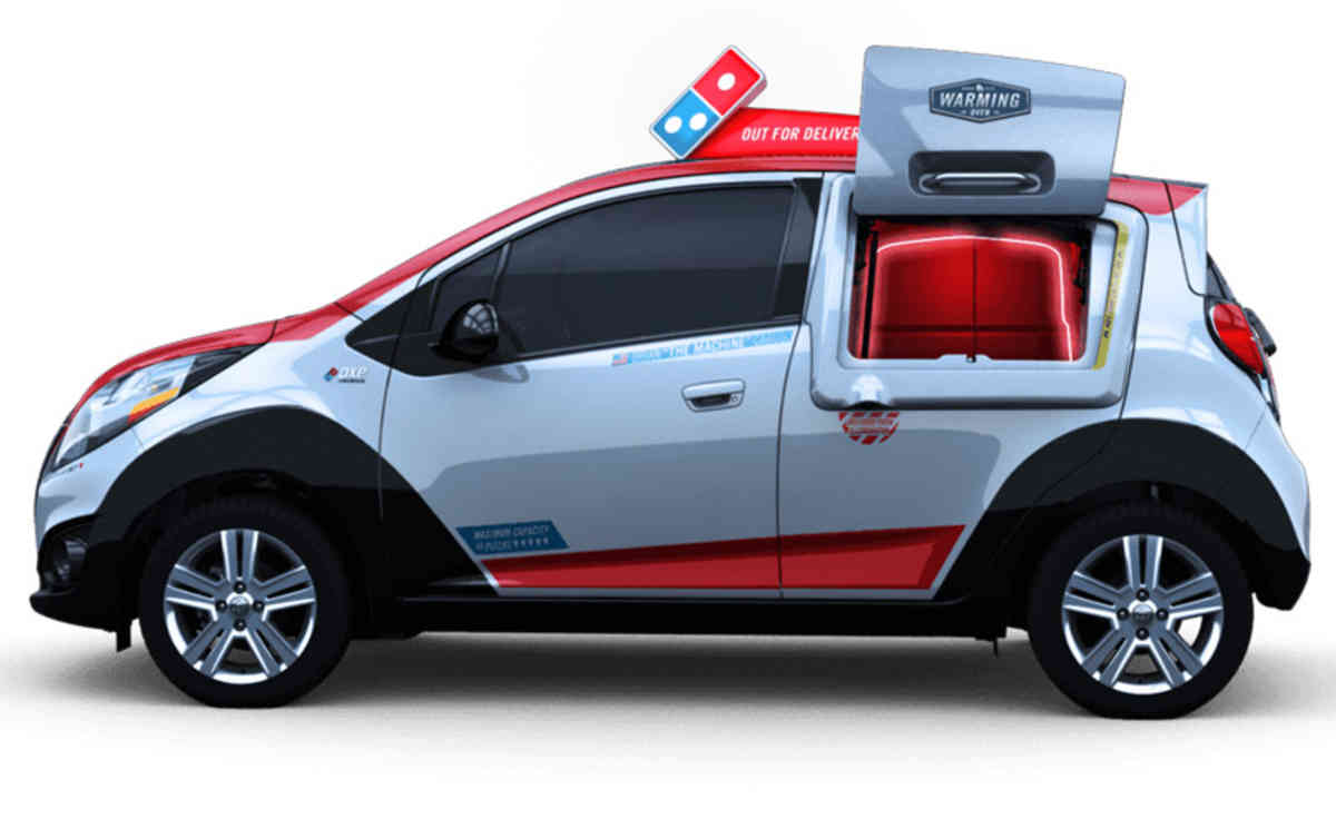 Dominos Have Built Pizza Delivery Car With Own Oven UNILAD pizza oven10377