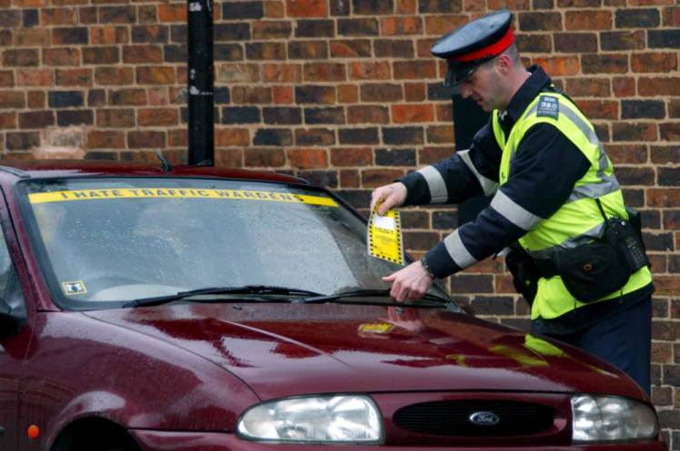 UNILAD pmm8 Grace Period To Be Given To Drivers After Parking Tickets Expire