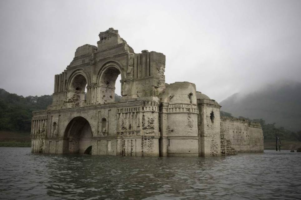 UNILAD santiago15036 Colonial Church Emerges From Receding Waters In Mexico