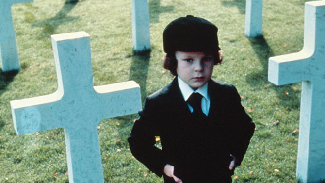 UNILAD the omen 1976 remake53366 Eight Horror Films To Scare The Shit Out Of You This Halloween