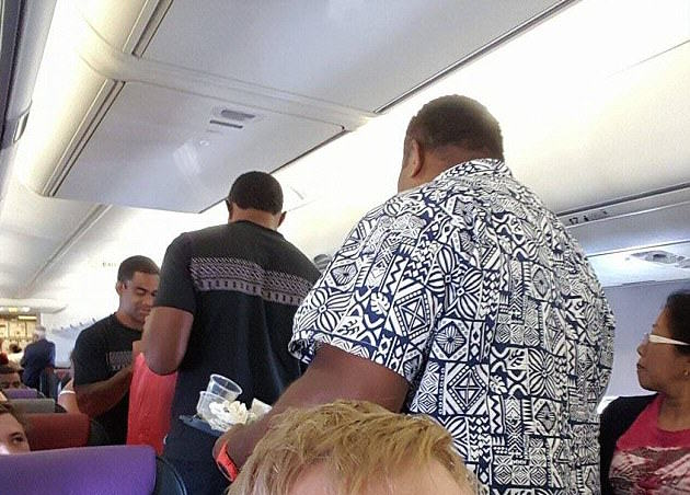 Moment Fiji Rugby Team Served Food As Flight Attendants Deal With Sick Passenger 2ED87C2A00000578 0 image m 14 1448600329567