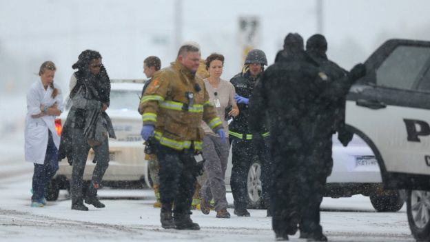 86925743 030332713 Three Dead After Lone Gunman Storms Abortion Clinic In The U.S.