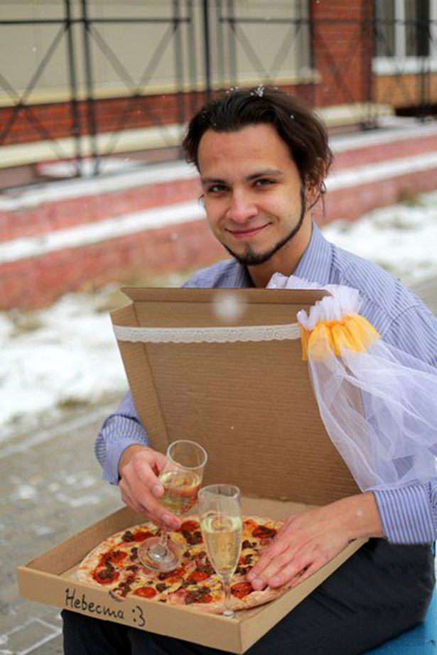 Man Marries Pizza Because Pizza Would Not Betray You And I Love It UNILAD 537923