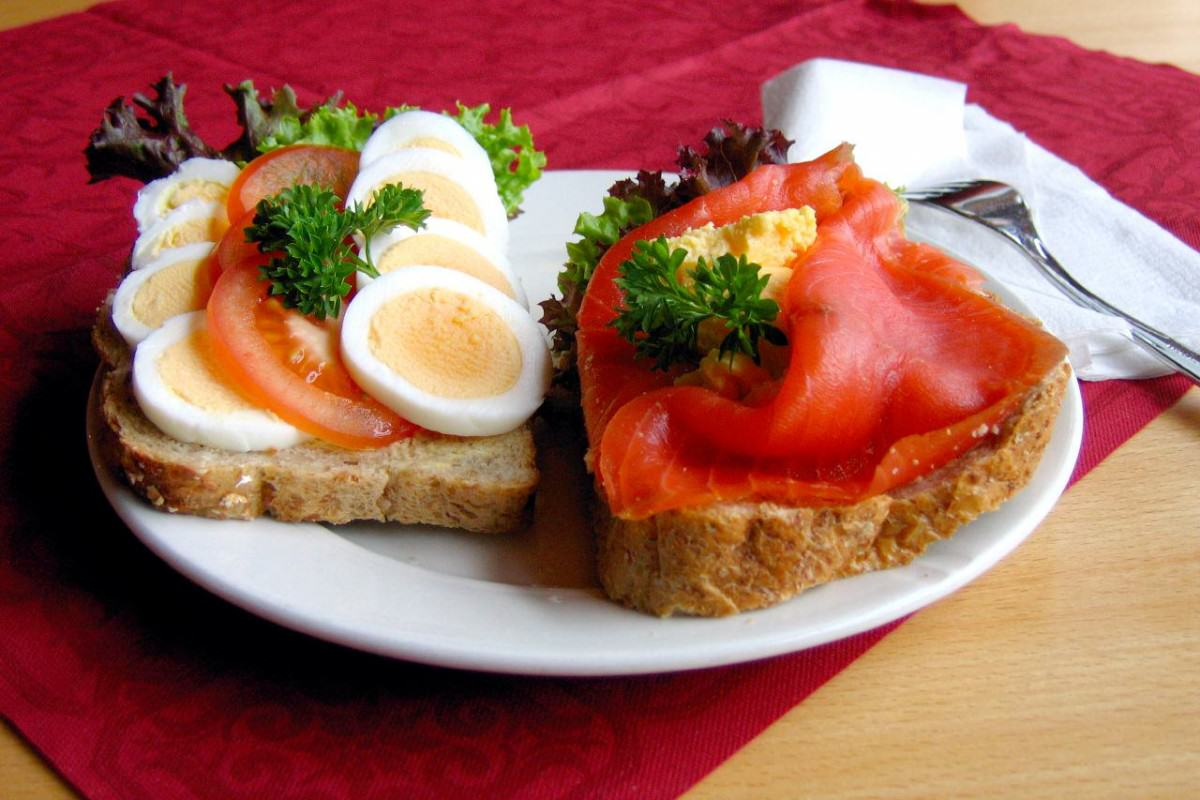 UNILAD Norwegian.open .sandwich 0132349 1200x800 The Most Important Meal Of The Day? Around The World In 20 Breakfasts