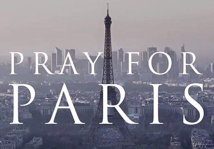 UNILAD Screen Shot 2015 11 14 at 12.53.4976751 How The World Stood Strong With Paris After Last Nights Terror Attacks