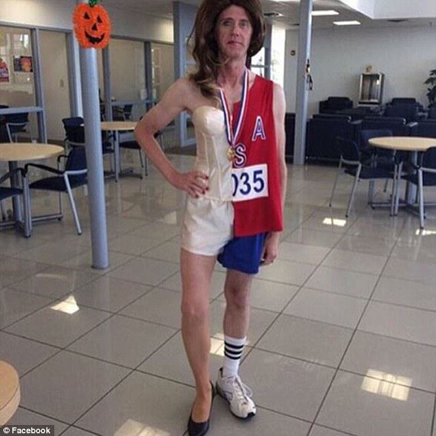 UNILADs The Worst And Most Offensive Halloween Costumes Of 2015 image