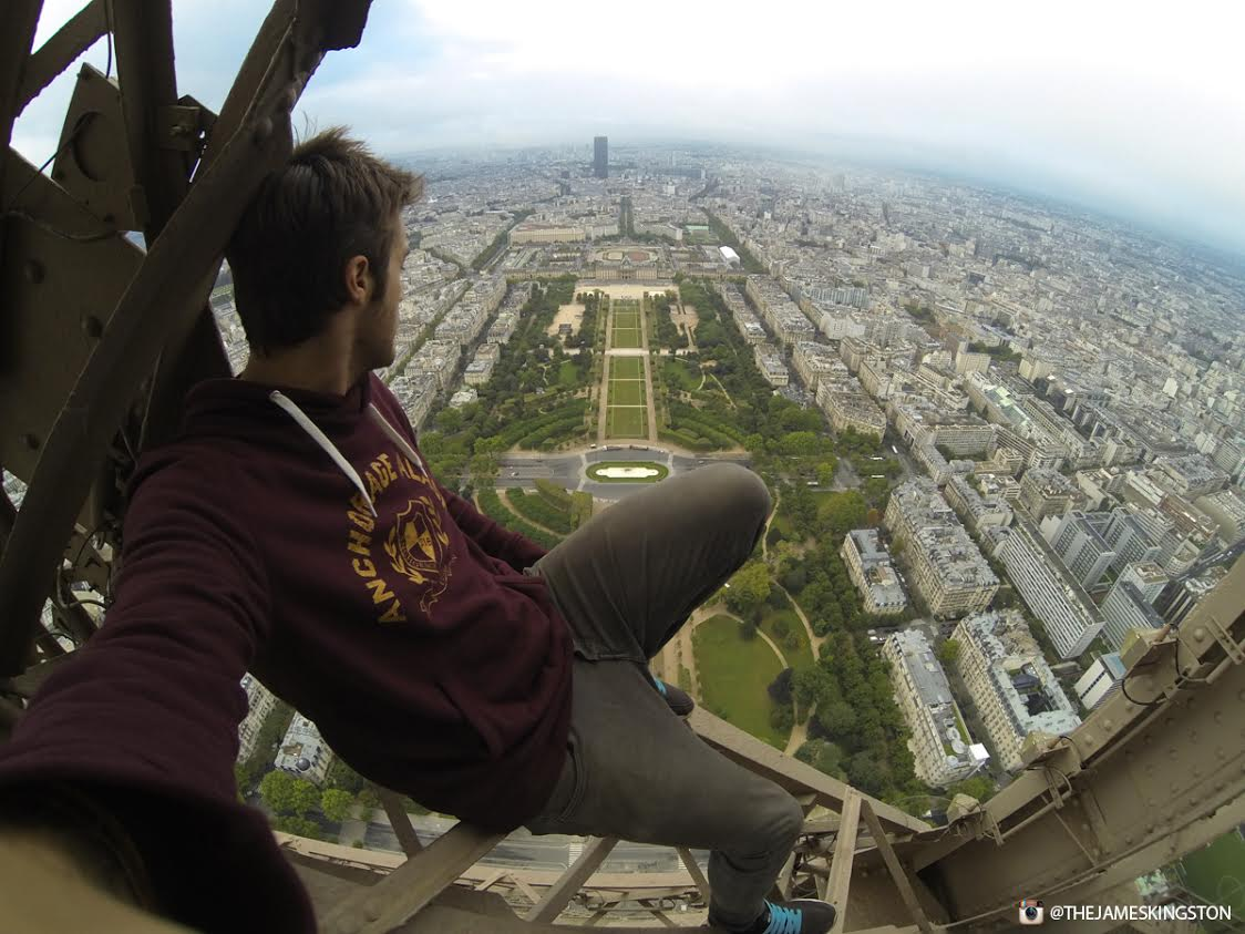 UNILAD eiffel tower 342963 James Kingston Has Just Climbed The Eiffel Tower