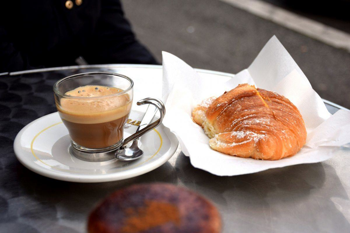 UNILAD italy many italians begin their day with a cappuccino and brioche slathered with jam or stuffed with chocolate70389 1200x800 The Most Important Meal Of The Day? Around The World In 20 Breakfasts