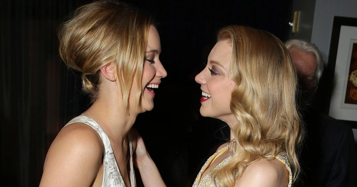 WATCH: Jennifer Lawrence caught kissing Natalie Dormer on the red carpet... UNILAD jlaw267444