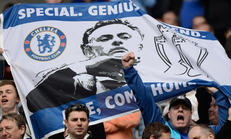 Jose Mourinho Is Chelseas Special One, And The Fans Know It UNILAD jose come home39469
