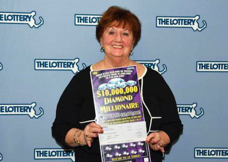 UNILAD lotterywin384121 Jammiest Woman Ever Wins $1Million On Scratch Card, Again
