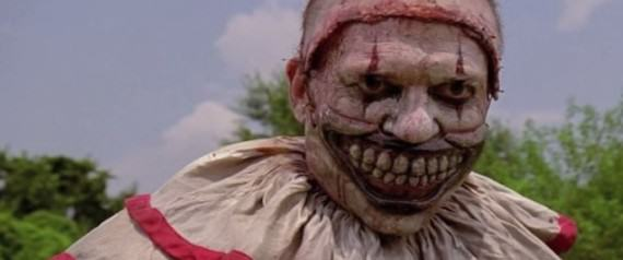 UNILAD n TWISTY large57086227 This Horrifying Clown Scares Children For Money