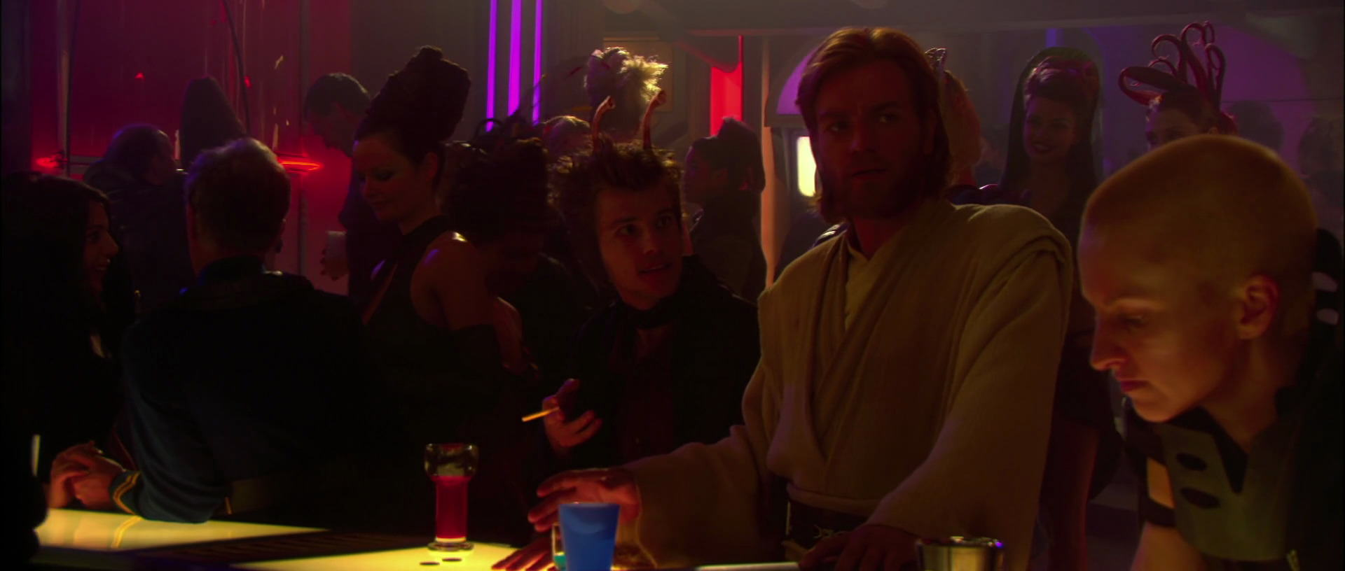 UNILAD star wars matrix 123604 Star Wars: Attack Of The Clones Has An Awesome Matrix Easter Egg, Apparently