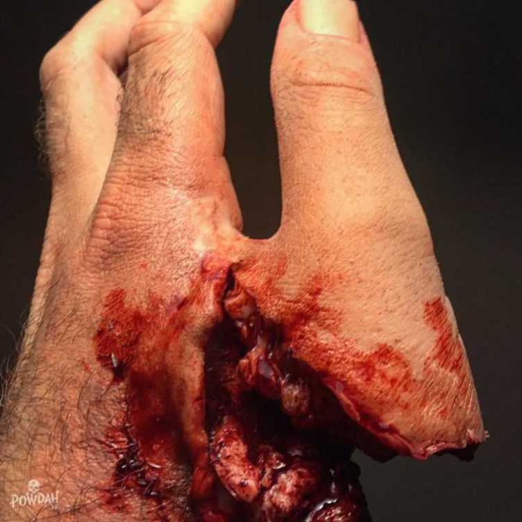 UNILAD wPkUrvh87309 These Disgusting Cuts And Injuries Are Actually Incredible Makeup Work