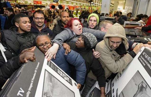 Pranksters Troll Black Friday Shoppers By Posing As Big Brand Customer Services black friday 640x42611