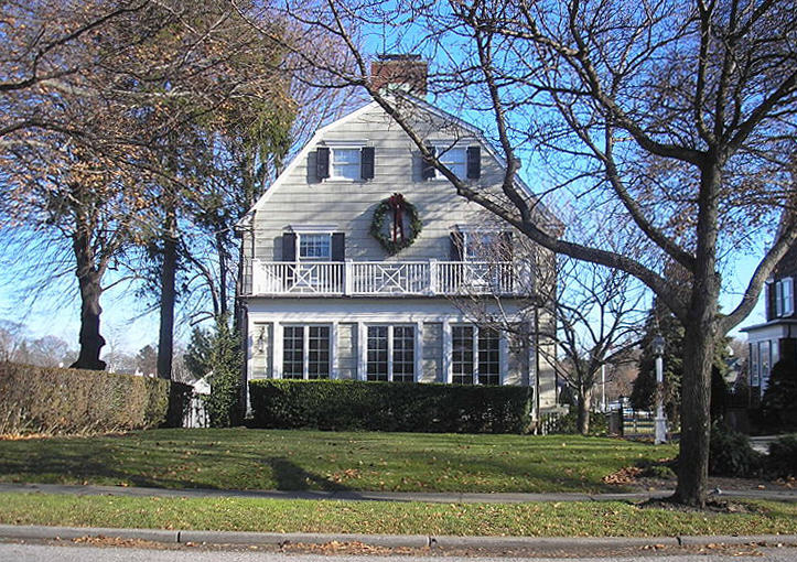 Amityville house The Five Creepiest Murder Houses You Can Actually Buy