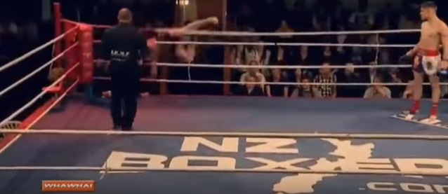 Screen Shot 2015 12 19 at 14.21.34 Kickboxer Has Bizarre, Yet Hilarious Response To Being Knocked Clean Out