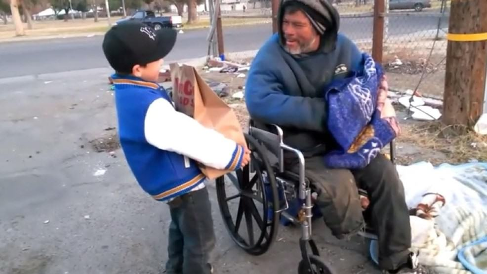 alex help homeless 2 Amazing 6 Year Old Lad Gave Up His Christmas Presents To Help The Homeless