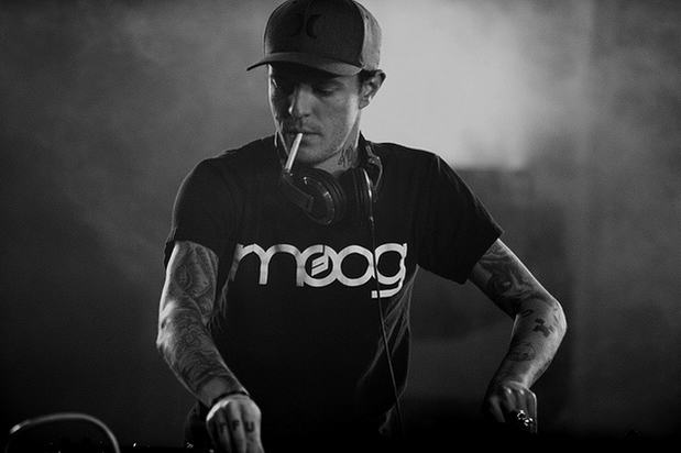 deadm1 Watch Deadmau5's Epic Rant Shooting Down 'Meat Puppet' Justin Bieber