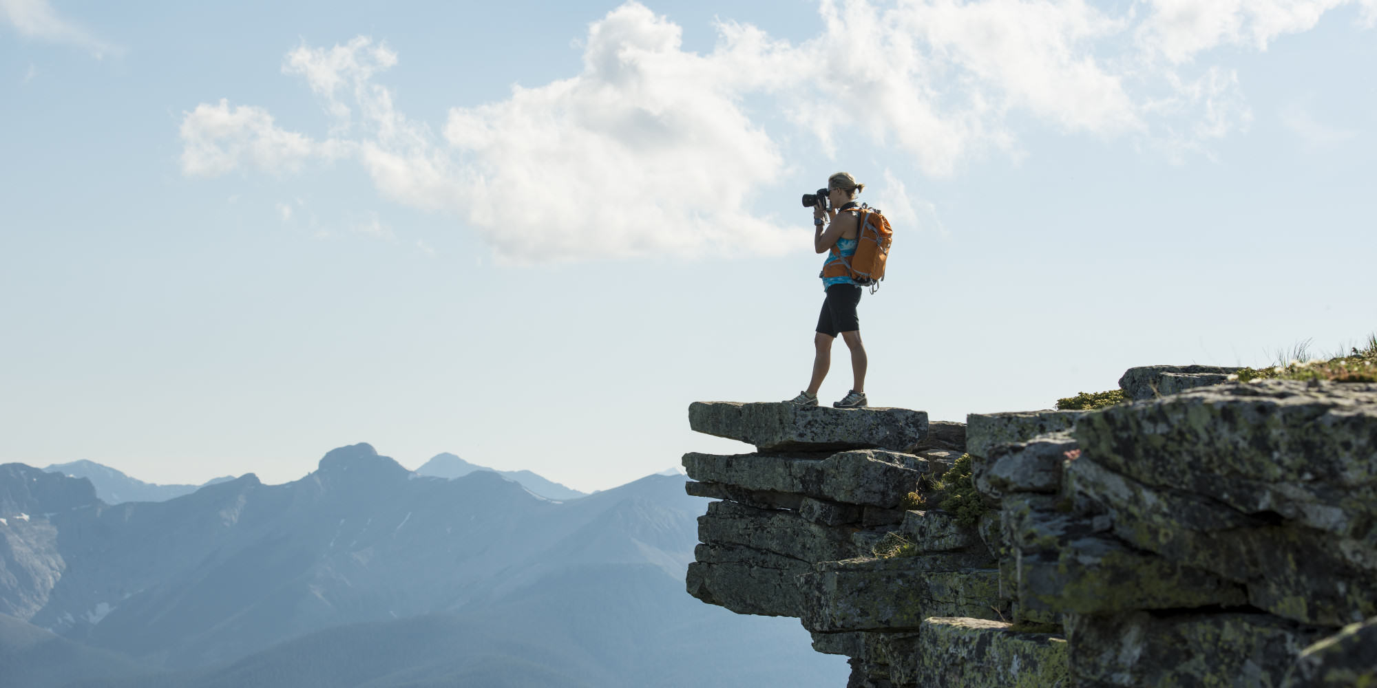 o BACKPACKING facebook Bored Of The Nine To Five? Heres How Five Guys Make A Fortune Travelling