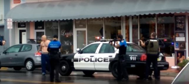 shooting 2 Shocking Video Shows Police Fatally Shooting Robbery Suspect At Close Range