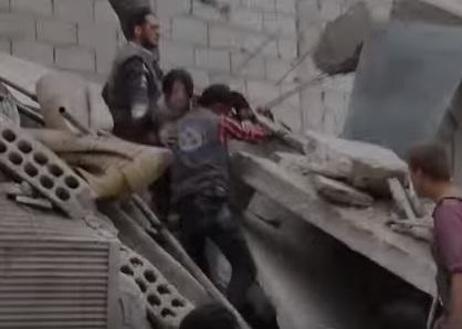 syria 21 Syrian Girl Hit By Airstrike Thanks Rescuers In Heart Wrenching Video