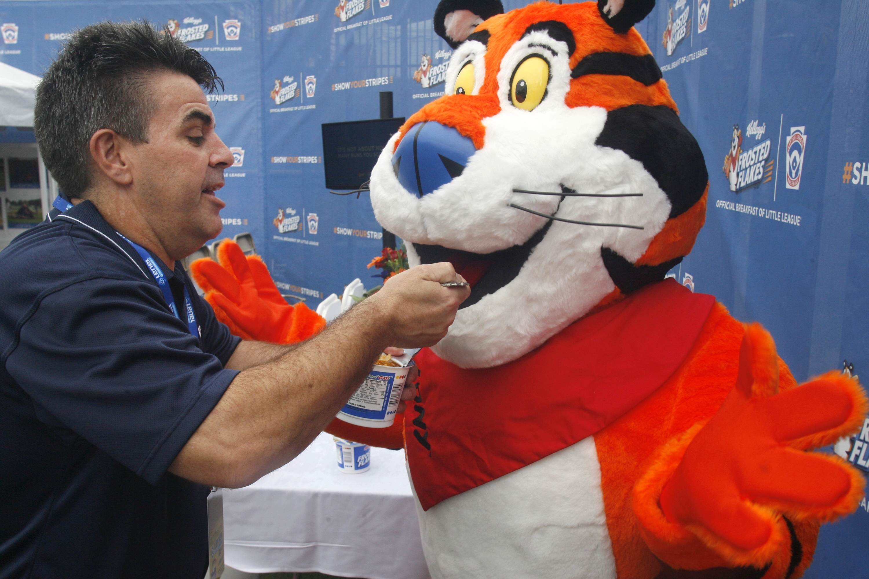 PA 23866802 Tony The Tiger Begs Furries To Stop Flooding His Twitter With Porn