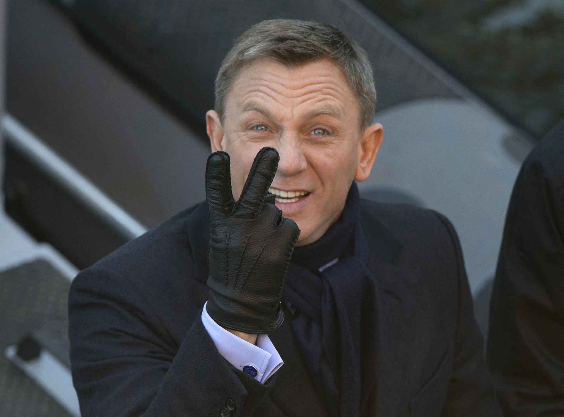 Apparently Daniel Craig Had A Speaking Role In The New Star Wars Film danielcraig2