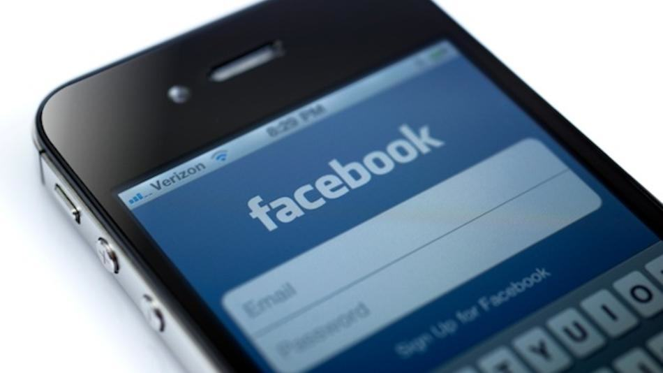 facebook3 Facebook Bosses Claim Theres A Simple Way We Can Stop ISIS Online
