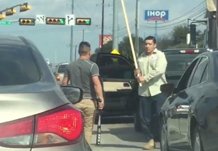 rage1 2 Road Rage Drivers Fight With Baseball Bats And Sticks In Brutal Video