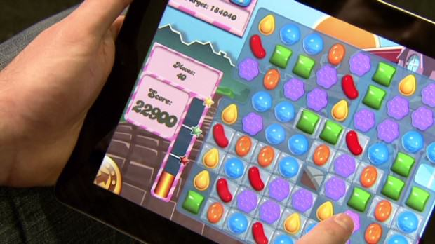 131115105635 t candy crush saga king tommy palm mobile games 00005510 620x348 Woman Stabs Husband For The Most Outrageous Reason Possible