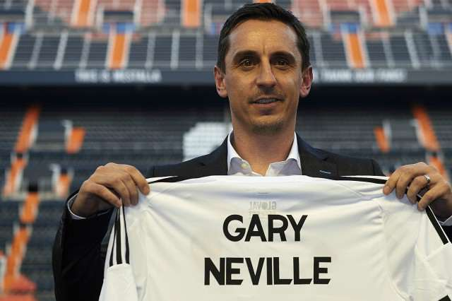 Neville Shirt 640x426 Sky Really Is The Limit For Gary Neville