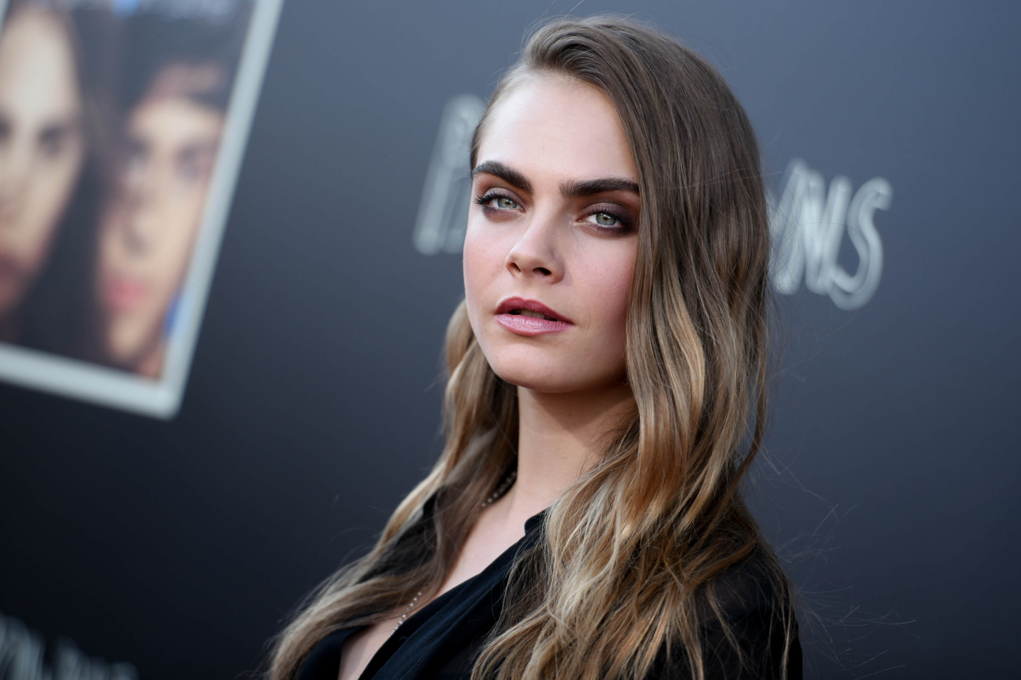 PA 23648325 Cara Delevingne Has Some Strong Words Against The Facebook Dislike Button