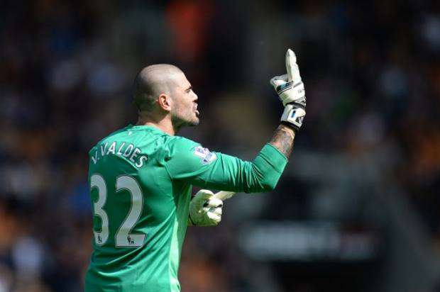 Five Reasons Louis van Gaals Manchester United Reign Hasnt Worked Valdes