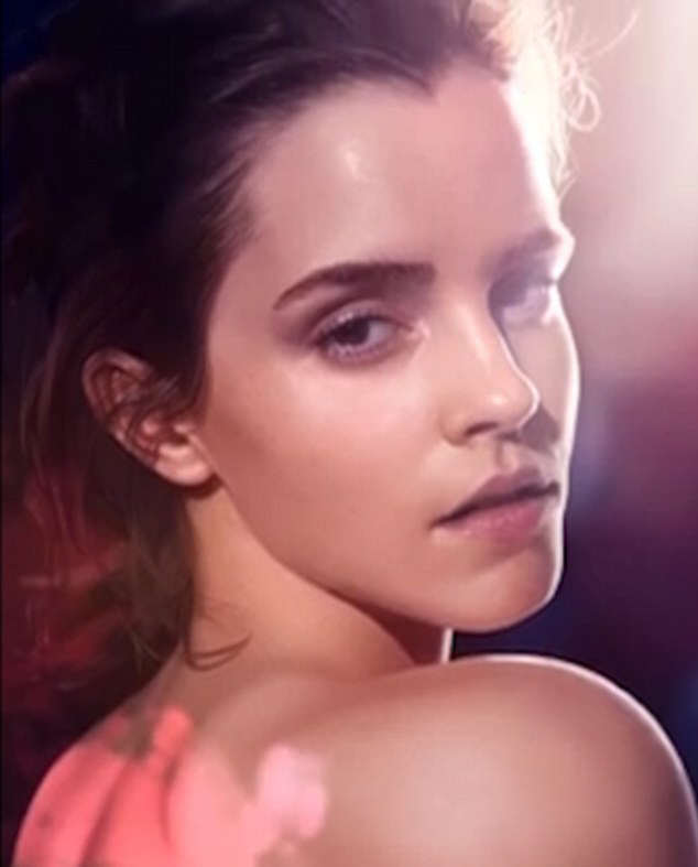 Theres Something Very Different About This Picture Of Emma Watson emma 1