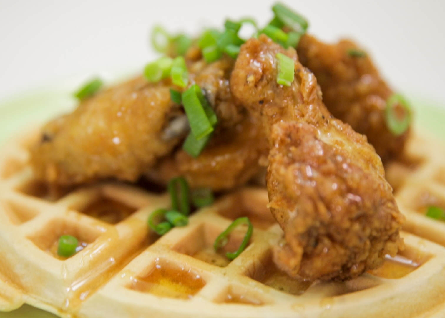 Chickenwaffle1 Heres How To Make Chicken And Bacon Waffles