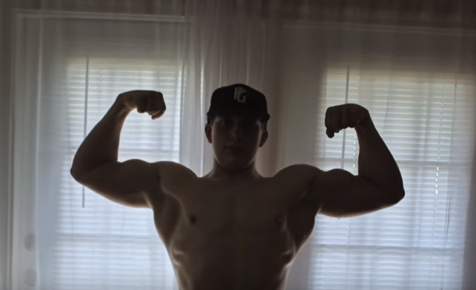 Screen Shot 2016 03 10 at 12.53.39 Steroid Abusing Bodybuilding Kid Who Went Viral Deletes Social Media And Disappears