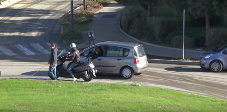 New Video Proves Remi Gaillard May Be The Last Person Doing Genuinely Funny Pranks Screen Shot 2016 03 17 at 10.37.23