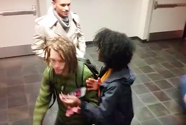 Screen Shot 2016 03 30 at 13.49.07 Video Of Black Student Harassing White Guy With Dreadlocks Goes Viral