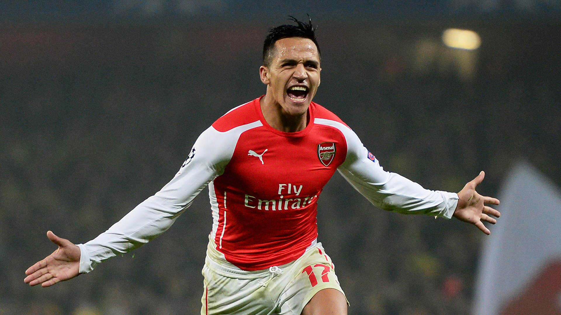 alexis5 Alexis Gets Over Manchester United Defeat In A Weird Way