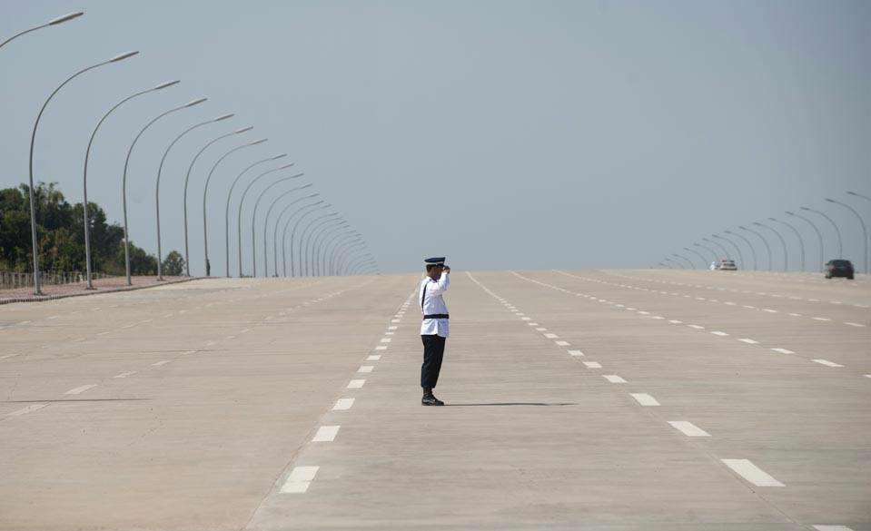naypyidaw road Burmas Capital Looks Like Something Straight Out Of A Post Apocalyptic Film