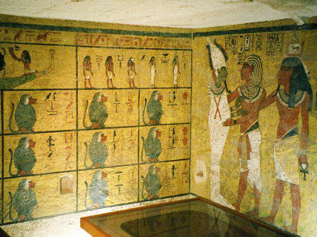 tut1 Archaeologists Make Biggest Discovery Of The 21st Century In Tutankhamuns Tomb