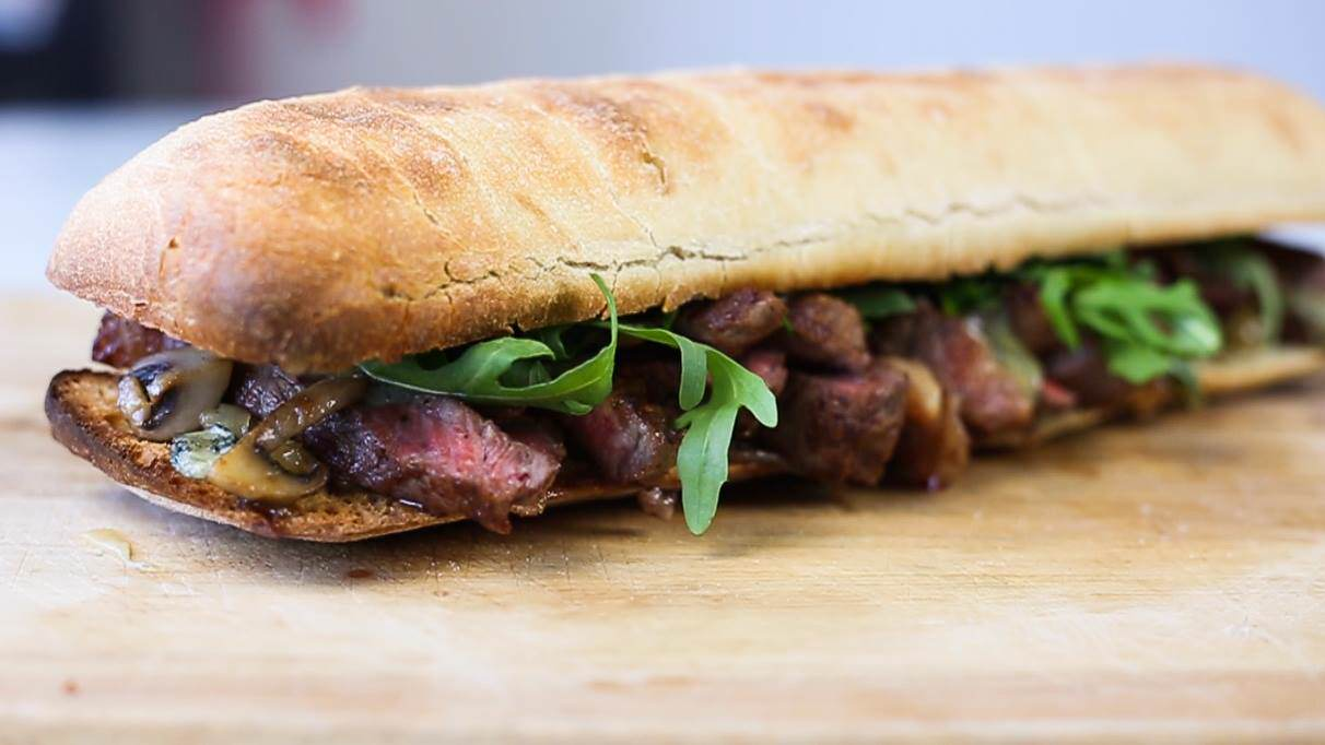 12953154 10154097045181323 1359127383 o Heres How You Make The Ultimate Steak Sandwich