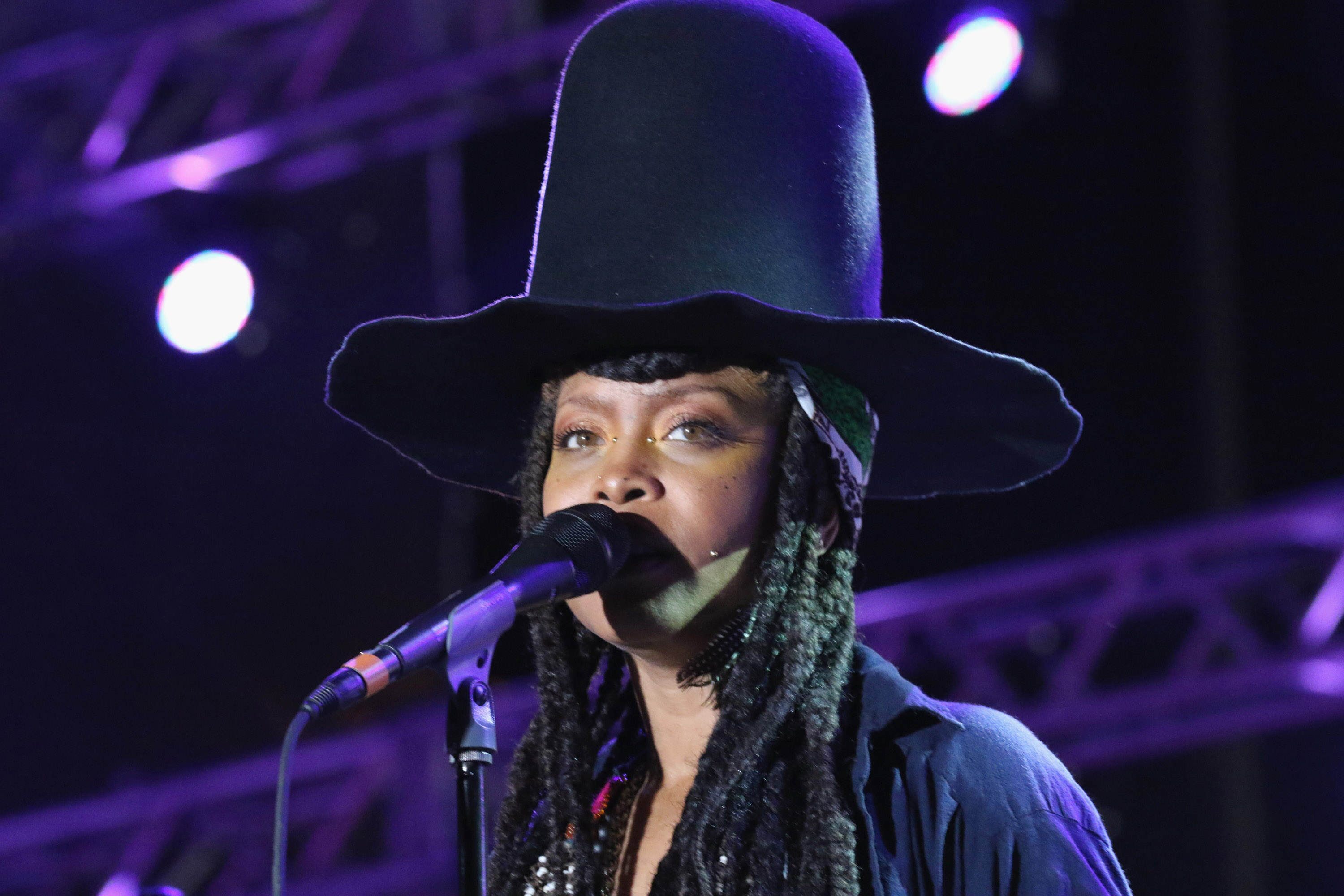 GettyImages 467314948 Erykah Badu Sparks Outrage With Victim Blaming Twitter Rant