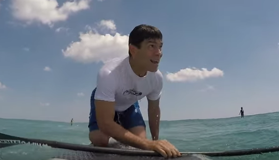 Shocking Moment Paddleboarder Is Knocked Down By A Shark Screen Shot 2016 04 09 at 10.49.53