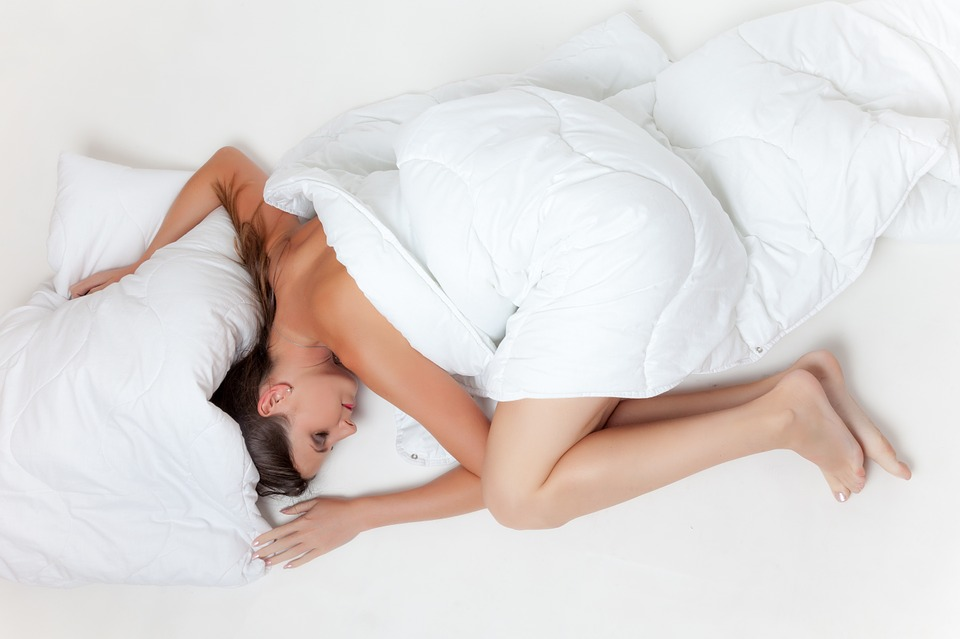 bed 945881 960 720 Sleeping In Underwear Could Be Seriously Damaging Your Junk