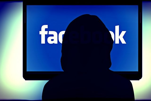 You Could Be Getting Paid For Using Facebook Soon facebook 257829 960 720 640x426