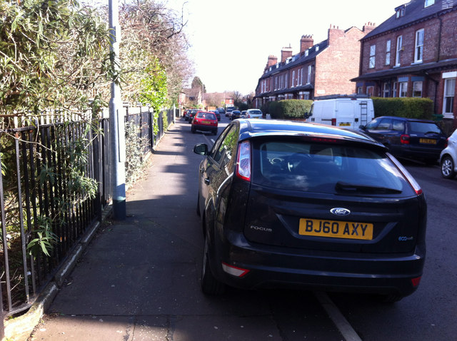 kerbpark2 Heres A Warning For Anyone Who Parks Their Car On Pavement