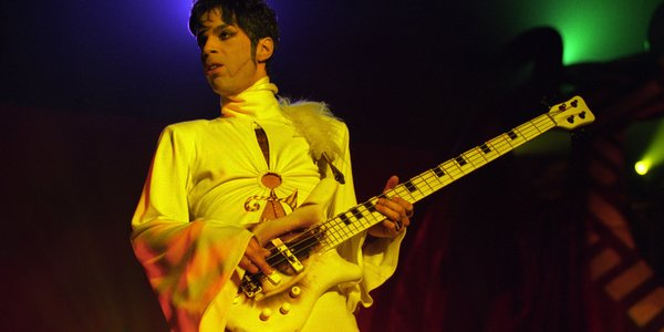 MTV Managed To Ridiculously F*ck Up During Their Prince Tribute prince1 1