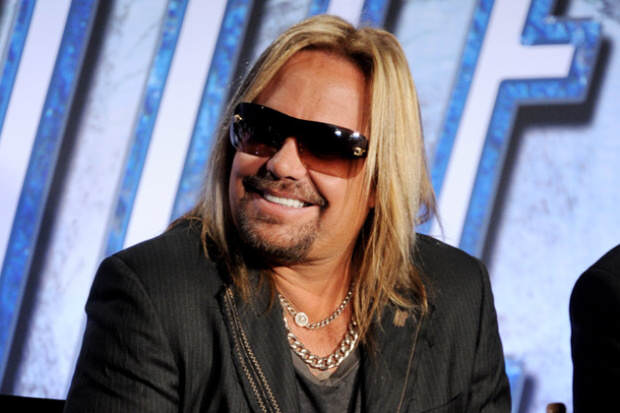 vince neil 1 Nic Cage Fights Motley Crues Vince Neil After He Assaulted A Female Fan